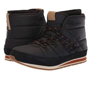 Teva Ember Mid Ankle Boot Lace Up Quilted Puffer